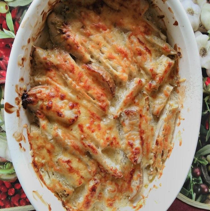 Endive and pear casserole