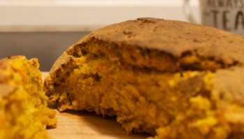 Cut loaf of pumpkin bread (Kürbisbrot)