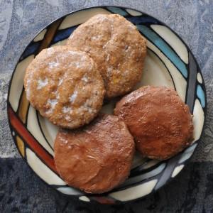 4 soft German gingerbread cookies on a plate (Elisenlebkuchen)